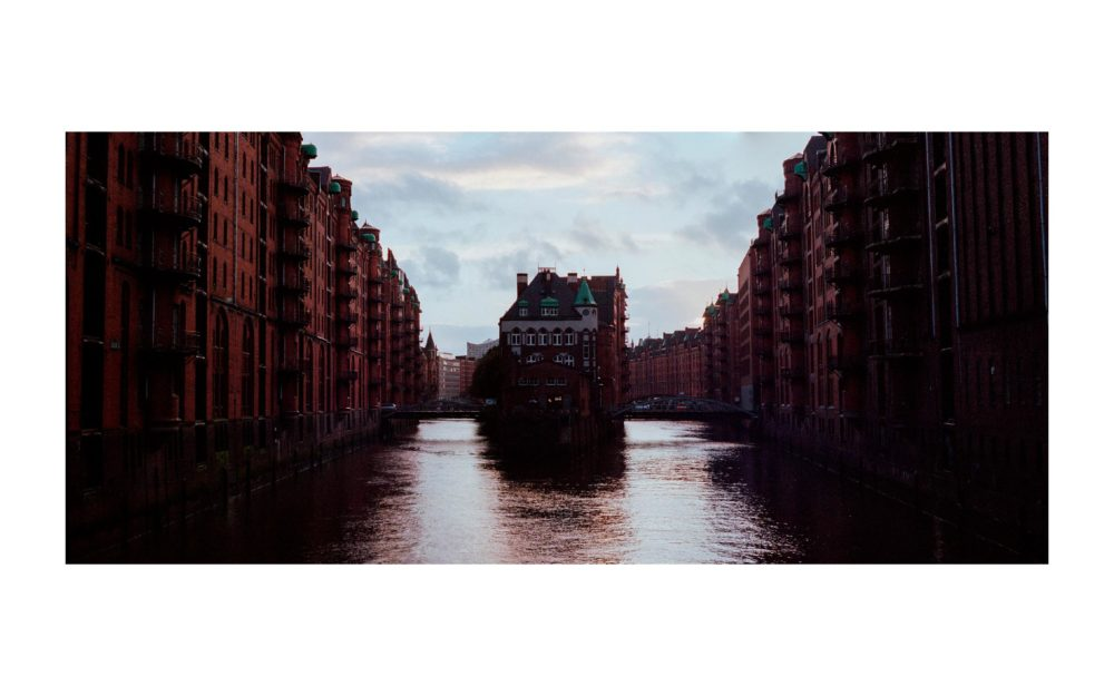 HAMBURG-ON-PORTRA - 0002.jpg