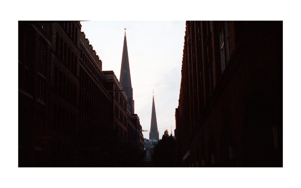 HAMBURG-ON-PORTRA - 0008.jpg